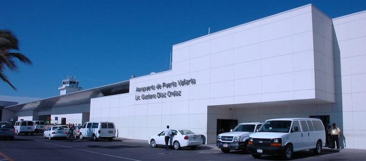 Puerto Vallarta Airport front view