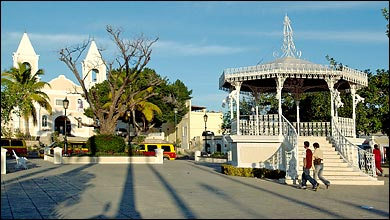 Town Square Cabo San Lucas